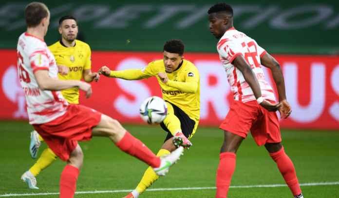 Sebelum Pamit ke Man Utd, Sancho Catat Dua Rekor Saat Bantu BVB Juara DFB-Pokal