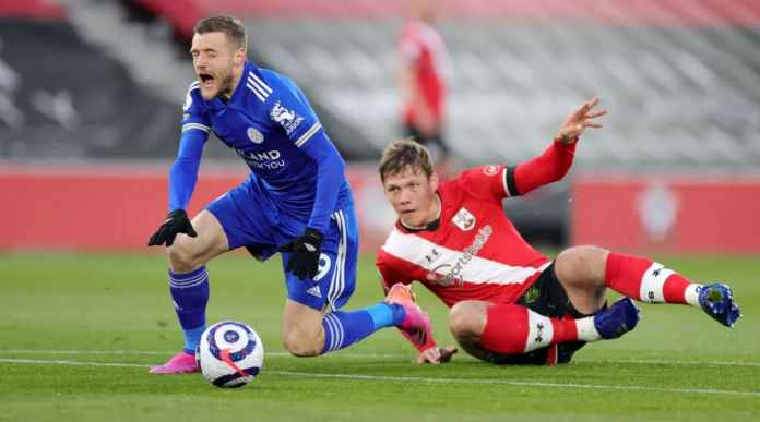 Hasil Liga Inggris: The Saints Kartu Merah Menit 10, Tapi Tetap Saja Leicester Gagal Menang