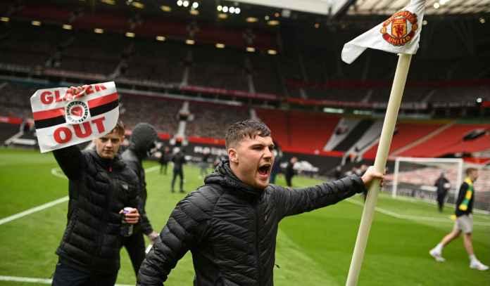 Waduh, Fans Garis Keras Ancam Blokir Old Trafford Lagi, Man Utd Bisa Buntung!
