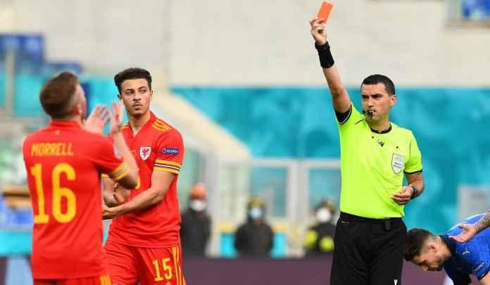 Pemain Muda Chelsea Jadi Pemain Termuda yang Diganjar Kartu Merah di Euro