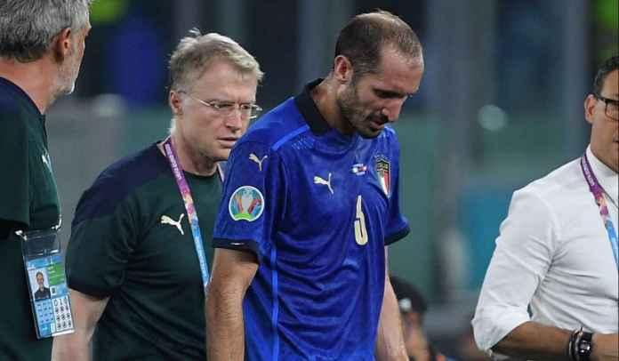 Italia Menang, Tapi Sekarang Khawatirkan Cedera Kapten Mereka Giorgio Chiellini