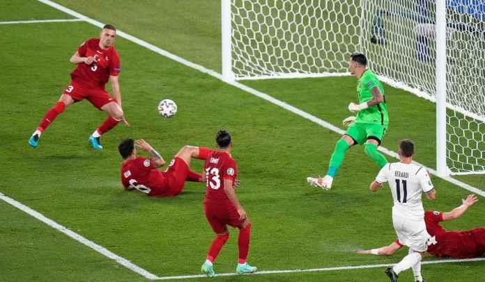 Gol Bunuh Diri Merih Demiral Buka Keran Gol di Euro 2020, Jadi Rekor Baru Turnamen INi