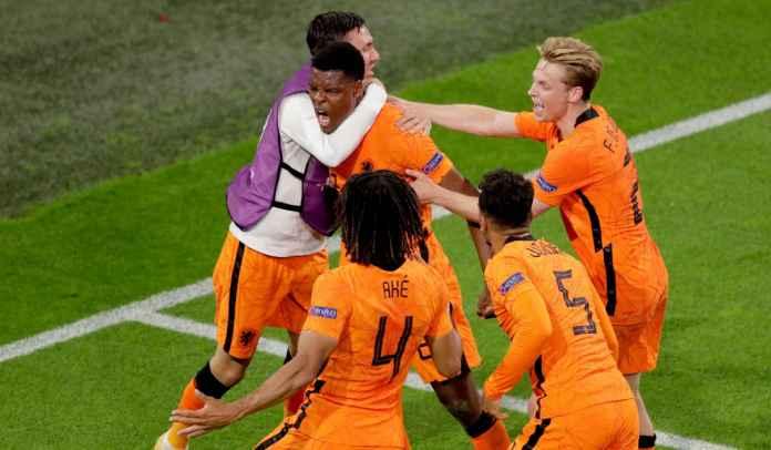 Belanda Menang, Dumfries Samai Rekor Van Nistelrooy, De Jong Sejajar Dengan Zidane