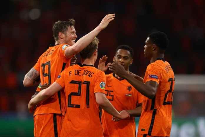 Frank de Boer Janjikan Satu Hal Buat Fans Oranje