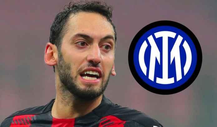 Hakan Calhanoglu Sudah Tiba Untuk Tuntaskan Kepindahan ke Inter Milan