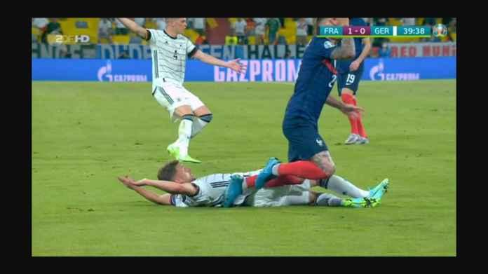 Laga Perancis vs Jerman Diwarnai Dua Pemain Bayern Munchen Saling Sikut dan Tendang