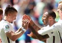 Sterling dan Phillips Buat Haters Melongo Tadi Malam, Bawa Kemenangan Pertama Inggris