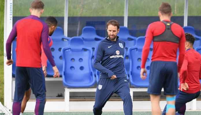 Timnas Inggris Bisa Turunkan Empat Gelandang Bertahan Lawan Kroasia