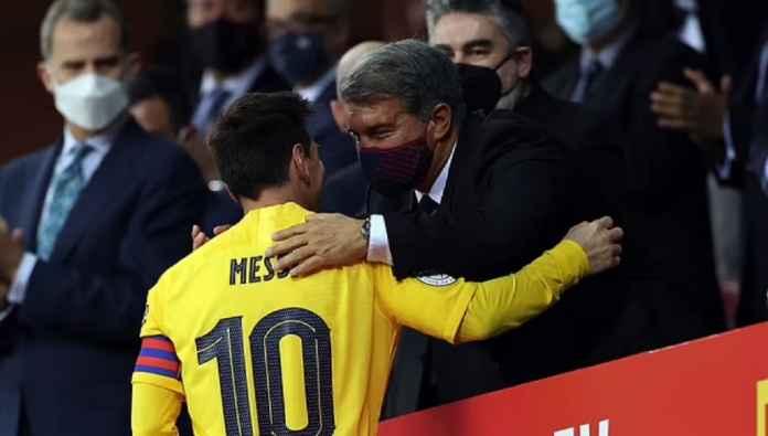Ronald Koeman: Messi Harus Selesaikan Karirnya di Barcelona