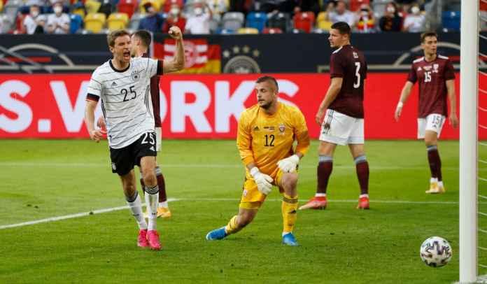 Manuel Neuer Capai 100 Caps, Gawang Latvia Jadi Korban Ke-26 Gol Thomas Muller