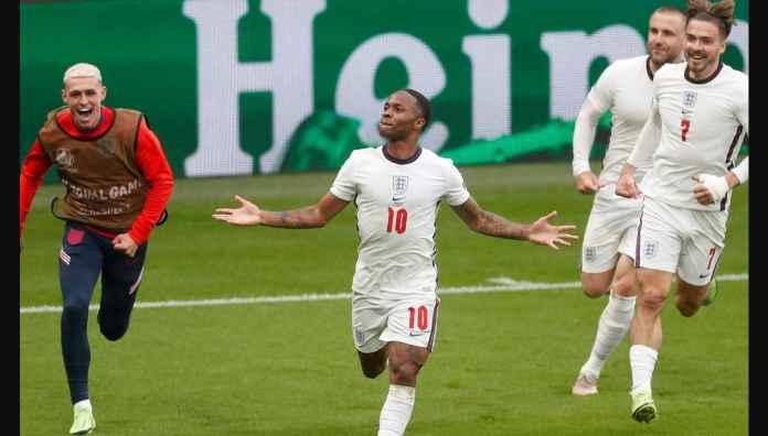 Raheem Sterling, Macan Terluka Oleh Rencana Transfer Manchester City, Cetak 3 Gol Pertama Inggris