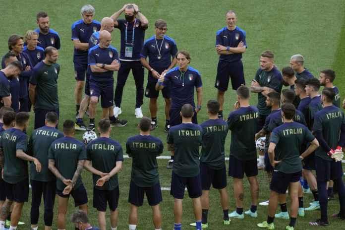 Roberto Mancini Pasang Target Tinggi di Euro