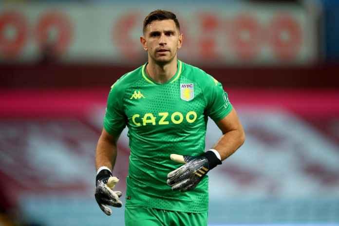 Aston Villa Ogah Kehilangan Emiliano Martinez