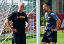Chris Smalling Bersemangat Mourinho Latih Roma
