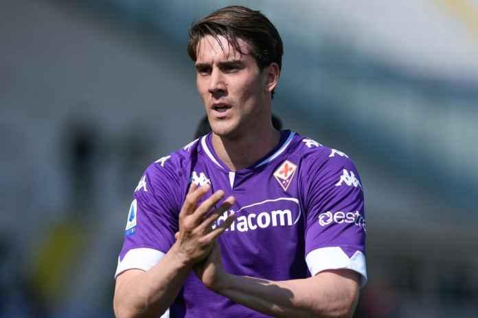 Dusan Vlahovic Isyaratkan Bertahan di Fiorentina