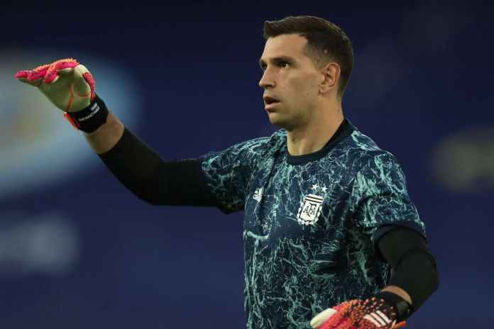Emiliano Martinez Semringah Usai Bawa Argentina Juara Copa America