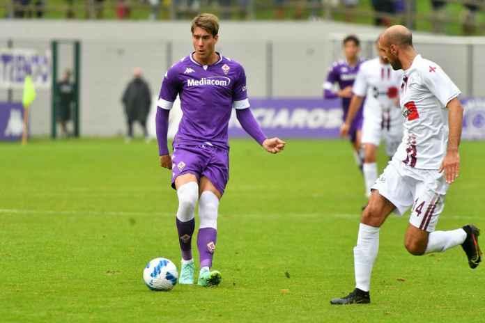 Fiorentina Jelaskan Alasan Ingin Pertahankan Vlahovic