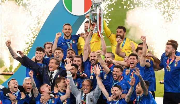 Roberto Mancini Sebut Skuad Italia di Euro 2020 Bakal Terkenang Dalam Sejarah