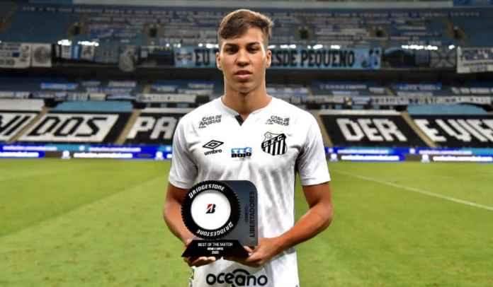 Juventus Hanya Tawarkan Kurang dari 34 Milyar ke Santos Untuk Kaio Jorge