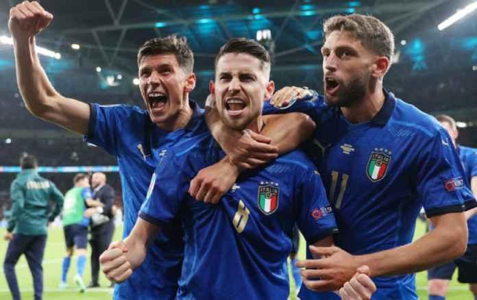 Jadi Andalan Timnas Italia, Jorginho Tak Malu Mengakui Sang Ibu Pelatih Pertamanya
