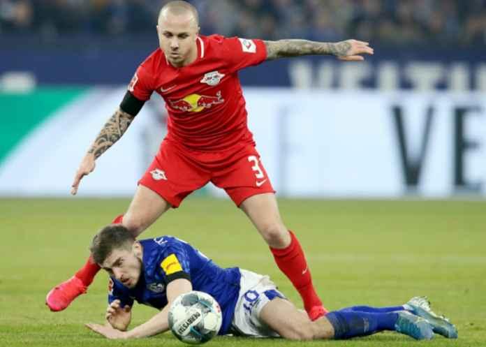 Barcelona Incar Bek Kiri Leipzig Gantikan Jordi Alba