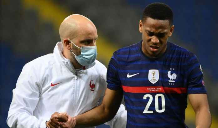 Akhirnya, Pemain Malas Ini Kembali Berlatih Bersama Man Utd Usai Absen Sejak Maret