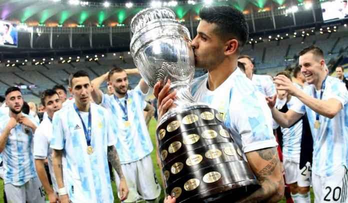 Barcelona Berencana Bajak Transfer Cristian Romero ke Spurs, Memang Punya Uang?
