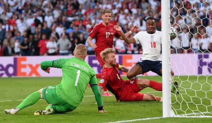 Rekor Pickford & Damsgaard Usai Denmark Imbangi Inggris di Babak Pertama