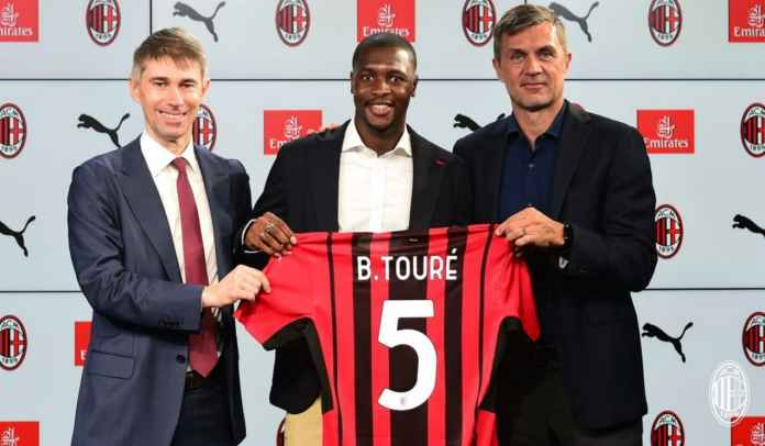 Mengintip Profil Fode Ballo-Toure, Bek Kiri Baru AC Milan Senilai 137 Milyar