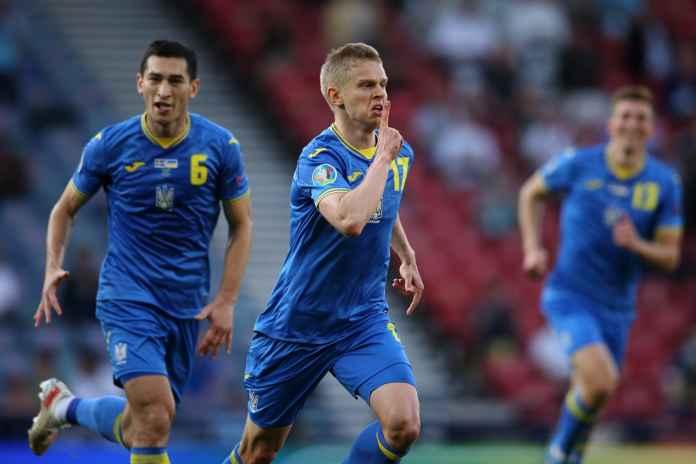 Ukraina Kalah, Zinchenko Beri Penghormatan untuk Fans