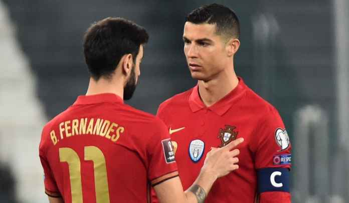 Bruno Atau Ronaldo? Ferdinand Ungkap Siapa Eksekutor Penalti Man Utd Sekarang