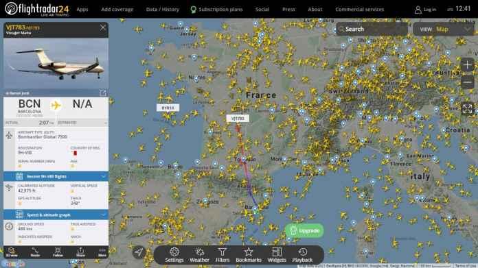 Link Mengikuti Flight Pesawat Jet Pribadi Lionel Messi Menuju Paris