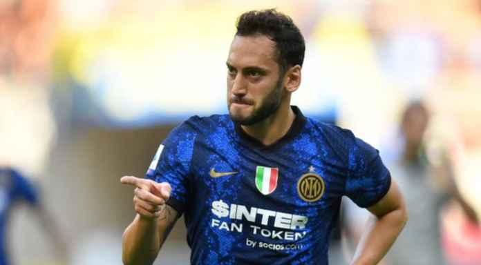 Hasil Inter Milan vs Genoa Liga Italia - Hakan Calhanoglu