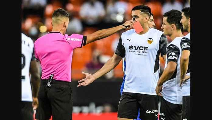 Liga Spanyol Baru Berjalan 3 Menit, Pemain Valencia Ini Diusir Karena Angkat Kaki Terlalu Tinggi