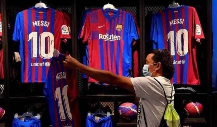 Barcelona Rugi Trilyunan Rupiah Atas Kepergian Lionel Messi ke Paris Saint-Germain