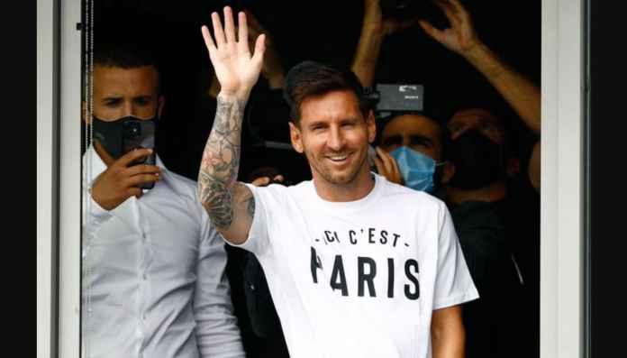 Lihat Foto dan Video Ketibaan Lionel Messi di Paris
