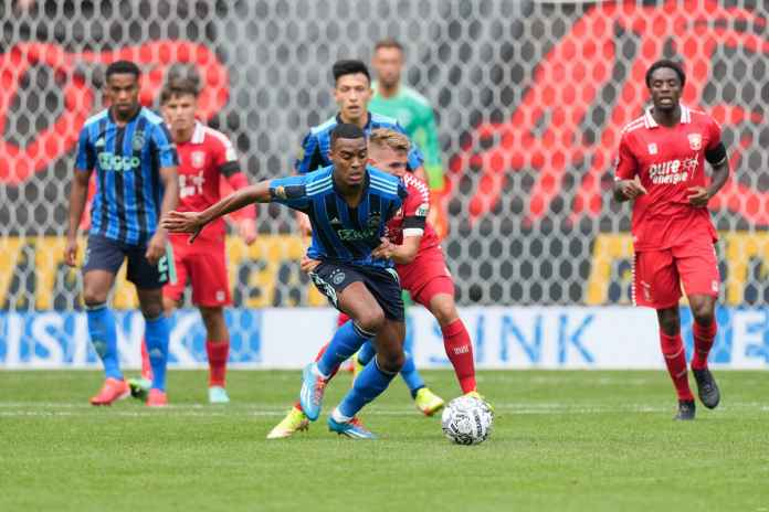 Liverpool Masih Minat Rekrut Gelandang 19 Tahun Ajax