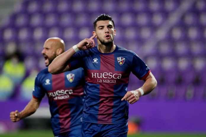 Sevilla Kian Dekat Rekrut Penyerang Wolves