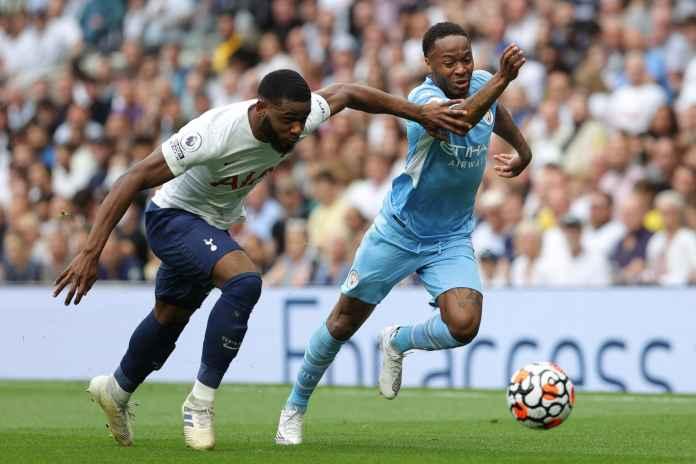 Sterling Sebut Man City Tak Panik Usai Dihajar Spurs