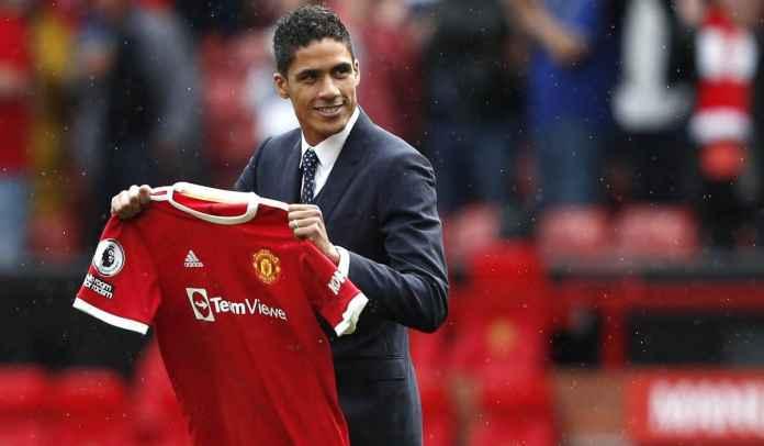 Bruno Fernandes Kirim Pesan ke Raphael Varane Usai Resmi Jadi Pemain Man Utd