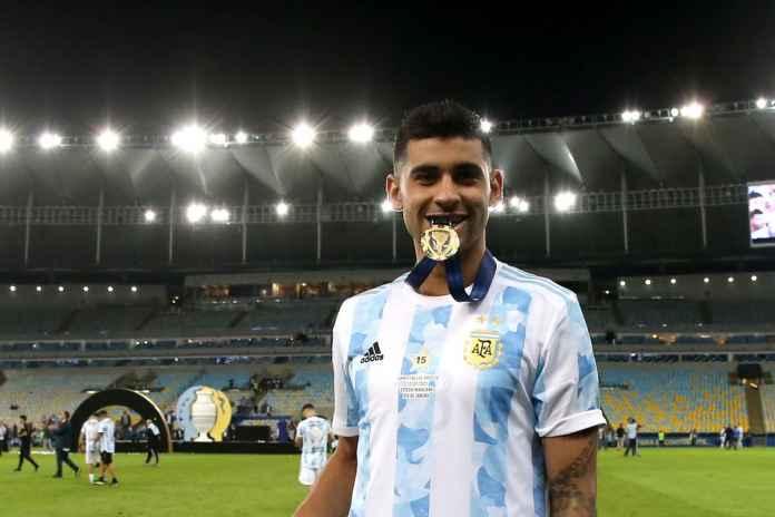 Cristian Romero Sukses Curi Perhatian Legenda Brasil