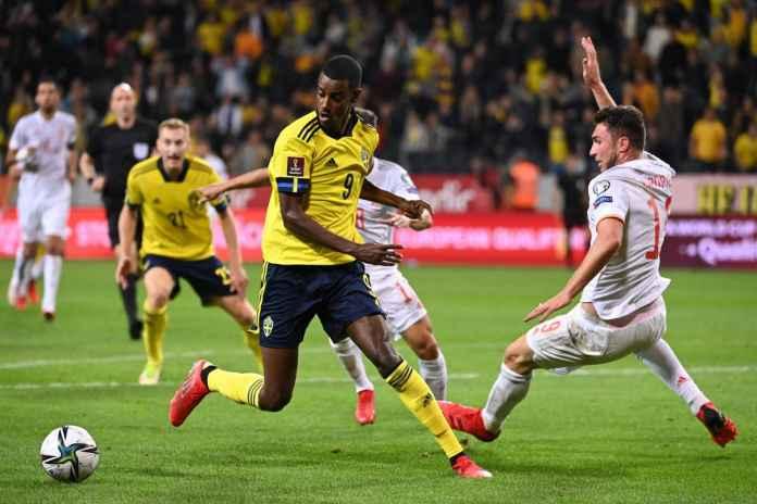 Jordi Alba Bela Enrique Usai Spanyol Keok Kontra Swedia