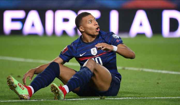 Cedera Selama Bela Prancis, Kylian Mbappe Pulang Lebih Awal ke Paris Saint-Germain