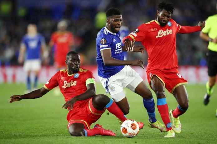 Leicester City Gagal Hajar Napoli, Barnes Kecewa Berat