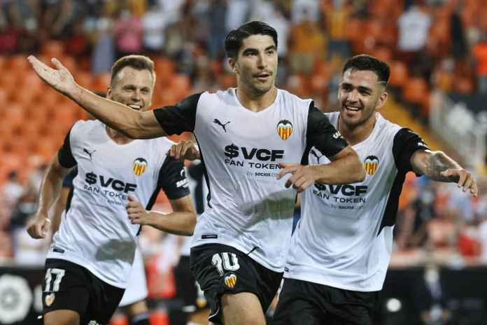 Liverpool Inginkan Gelandang Muda Valencia