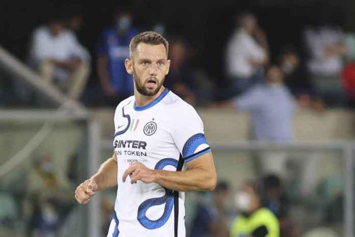 Stefan de Vrij Ungkap Perbedaan Inter Dilatih Conte dan Inzaghi