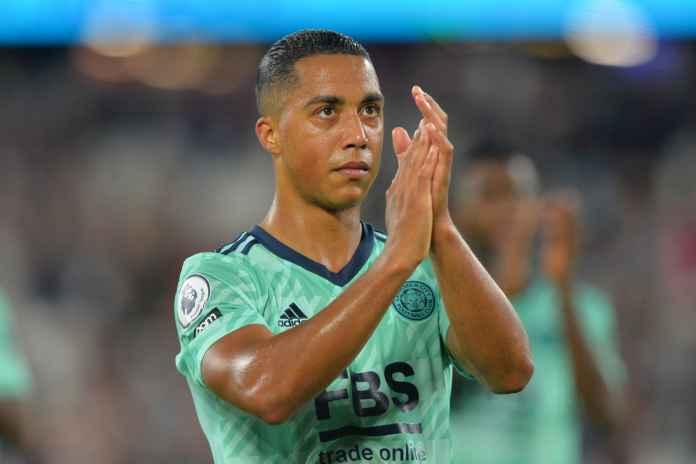Youri Tielemans Diperebutkan Tiga Klub Top Eropa