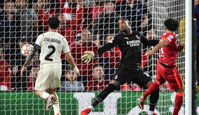 Davide Calabria Akui AC Milan Tidak Terbiasa Dengan Tempo Permainan Liverpool