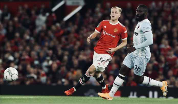 Mantan Bos Tim Wanita Man Utd Salahkan Van De Beek Atas Gol Kemenangan West Ham