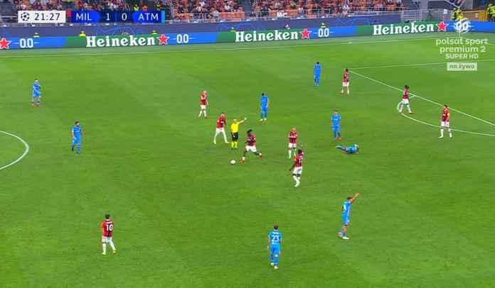 Lagi Cari Peminat dari Premier League, Gelandang Milan Malah Catat Rekor Kartu Merah